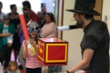 Malá kouzelnice a Čáry Kluk - kouzelník pro děti