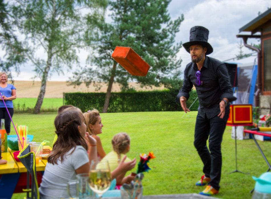 Kouzelník pro děti ČÁRY KLUK a náhodný výběr diváka
