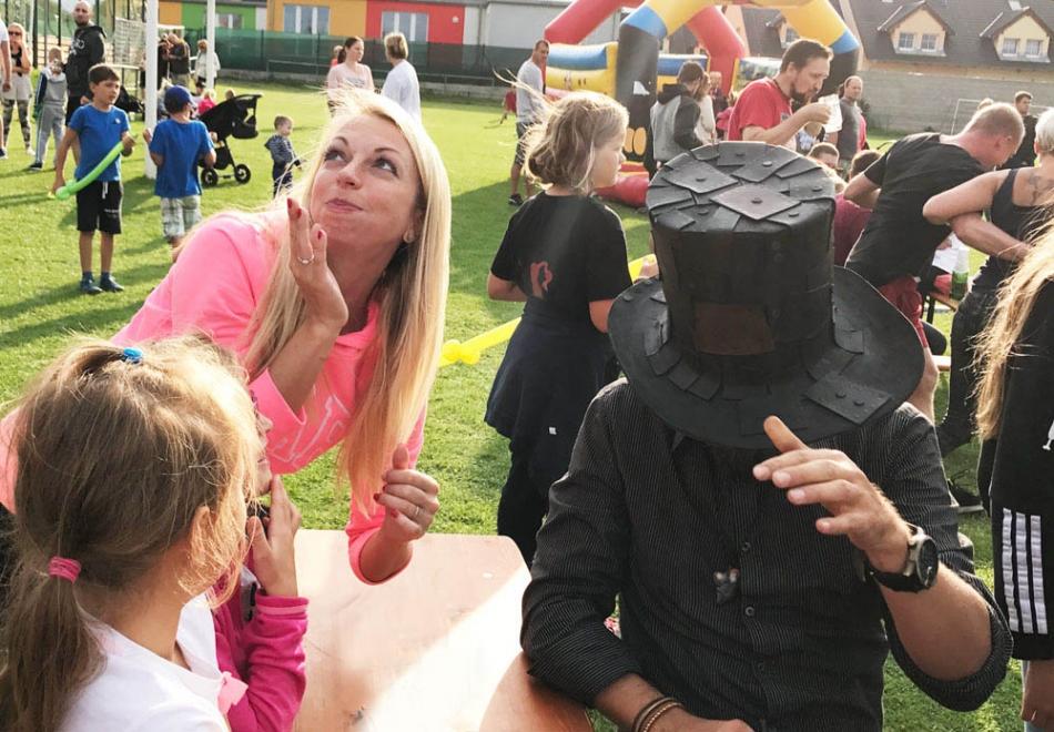Kouzelník pro děti Čáry Kluk   Postřižín