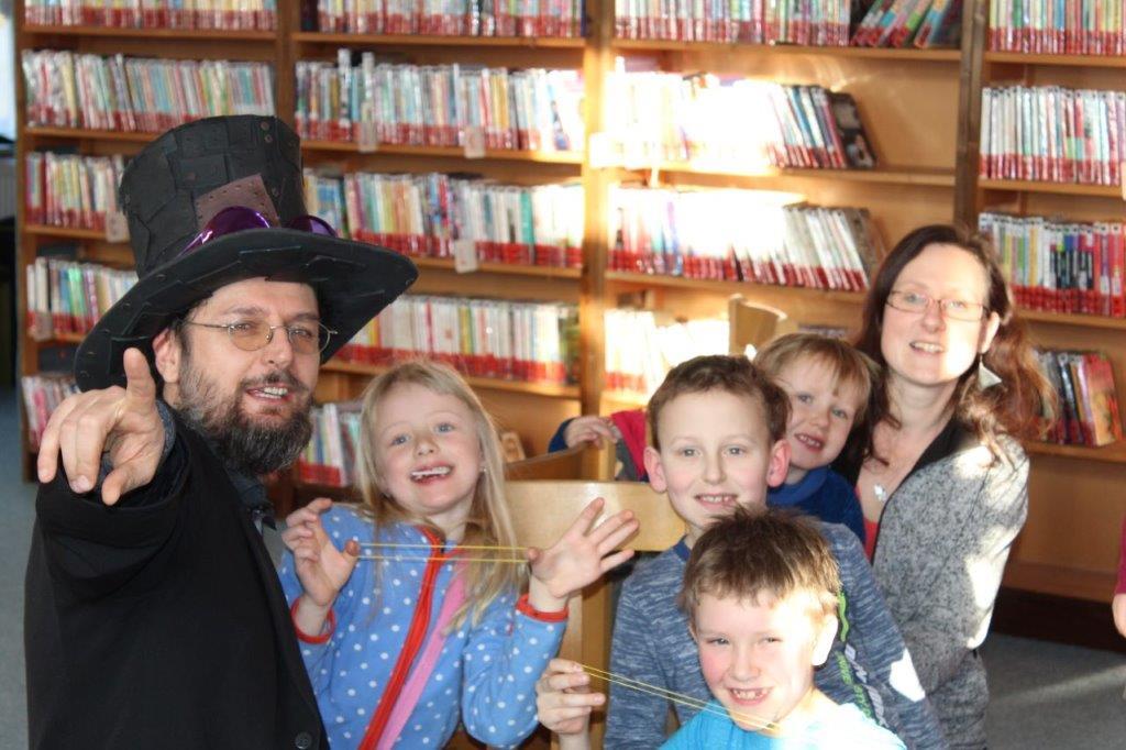 Kouzelník knihovna Turnov
